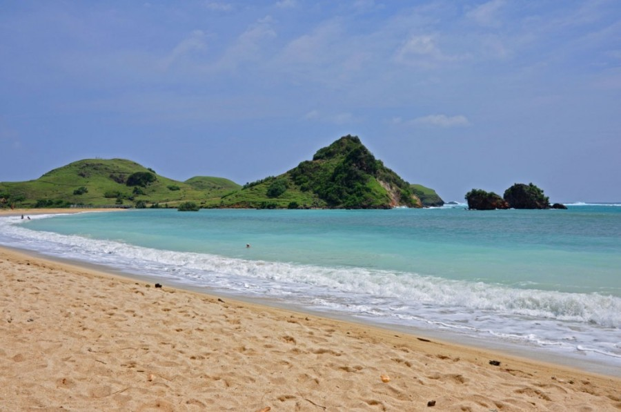 Lombok-Beach-15-HD-Screensavers-1024x680
